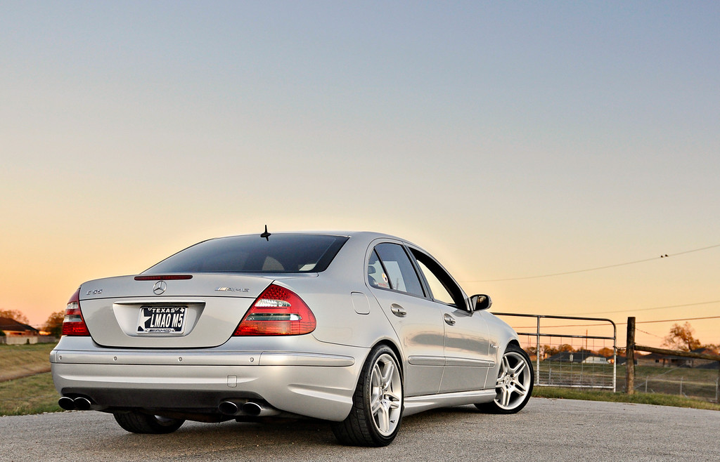 Mercedes E55 AMG: sleeper [shoot by billy] - BMW 3-Series