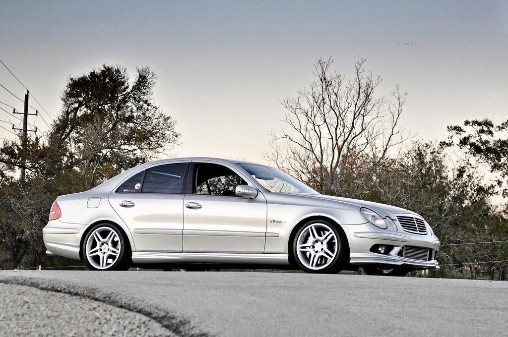 Mercedes E55 AMG: sleeper [shoot by billy]